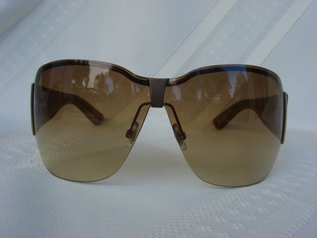 Gucci Sunglasses GG2765