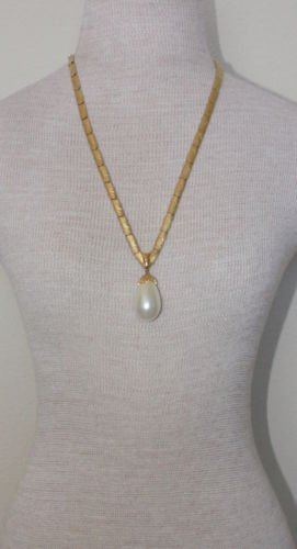 Vintage Gold Chain W/White Pearl Drop V Shape Necklace