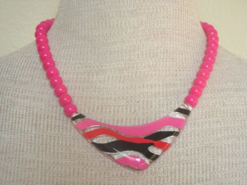 Vintage Hot Pink Chunky Stripe Lucite Pendant  Necklace