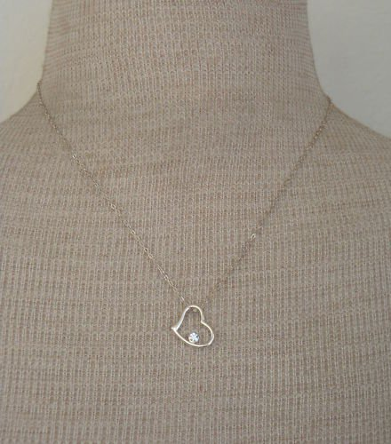 Cute Vintage White Rhinestone Heart Pendant Necklace