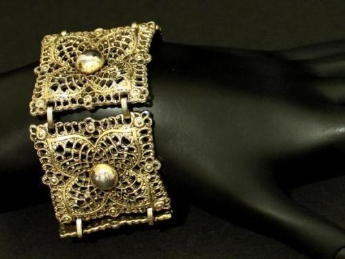 Vintage Signed Celebrity Wide Link Statement Bracelet