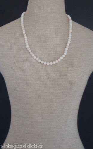 Classically Elegant Vintage White Art Glass Necklace