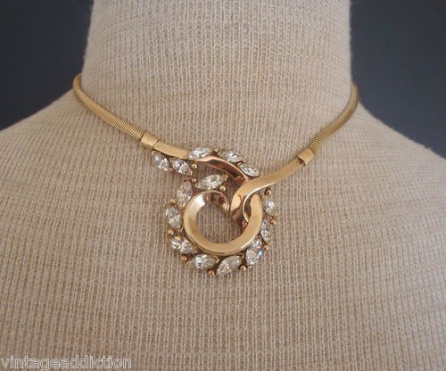 Dressy Vintage Crown Trifari Rhinestone Choker Necklace