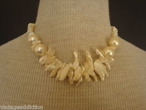 Elegant Vintage Cream Coral Necklace