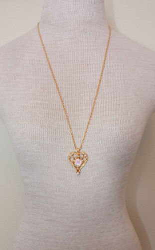 Vintage Avon Pink Coral Rose Pendant Chain Necklace