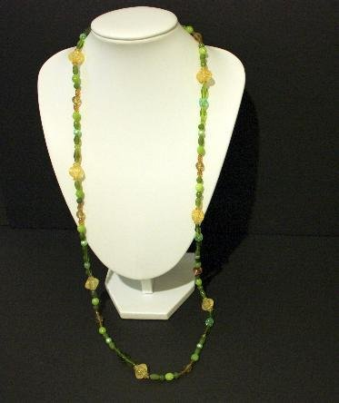 Vibrant Vintage Olive Green Beaded Necklace
