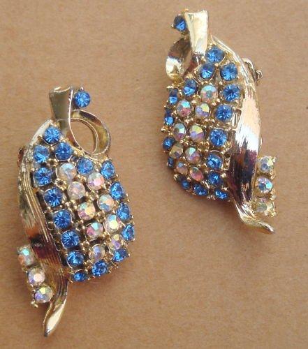 Vintage Blue Rhinestones Clip Earrings