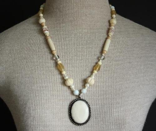 Vintage Carved Pendant Agate Stone Glass Bead Necklace