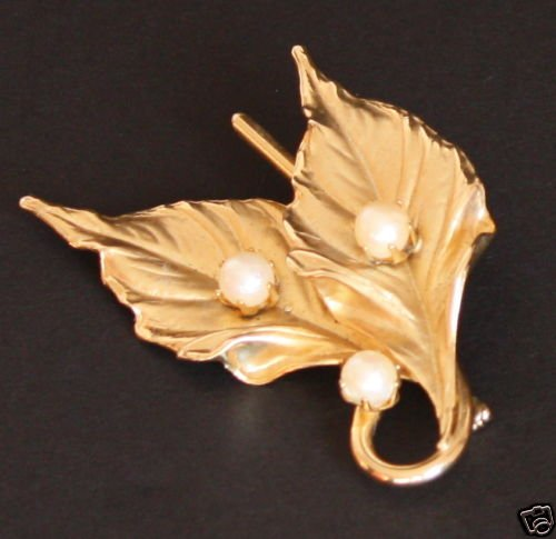 Vintage Golden Leaf White Pearl Pin/Brooch