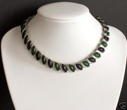 Vintage Green Thermoset Textured Necklace
