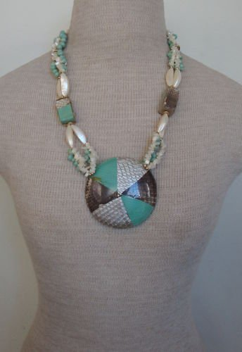 Vintage Green Stone Mother Of Pearl Chunky Necklace