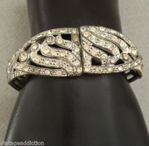 Elegant Vintage Art Deco Rhinestone Hinged Bracelet