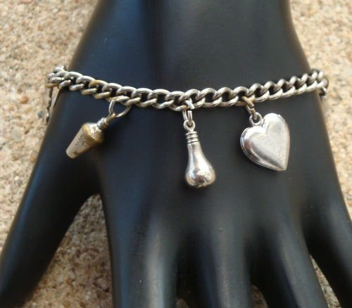 Vintage Chrome 4 Clover Heart Locket Charm Bracelet