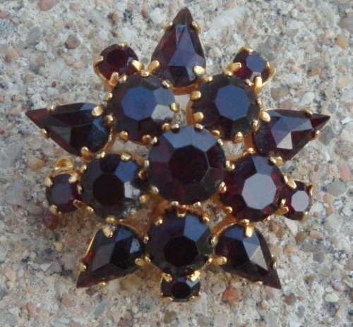 Cute Vintage Red Garner Rhinestone Pin Brooch