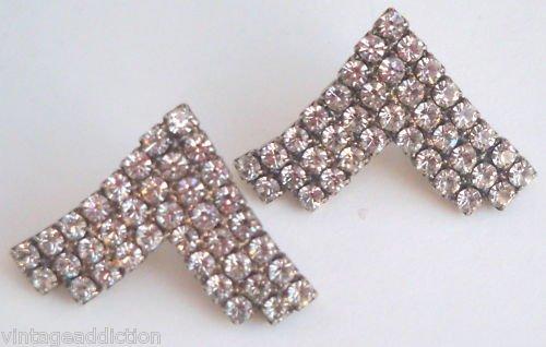 Outstanding Vintage White Rhinestone V Shape Earrings