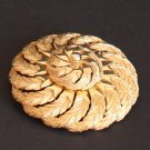 Vintage Swirl Pattern Gold Tone Pin/Brooch