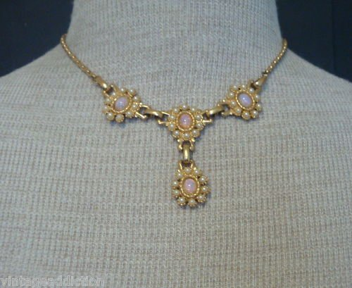 Cute Vintage Faux Opal Pink Shade Necklace