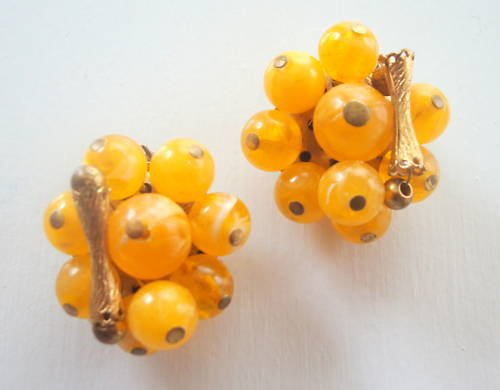 Vintage Yellow Fruit Cluster Clip Earrings