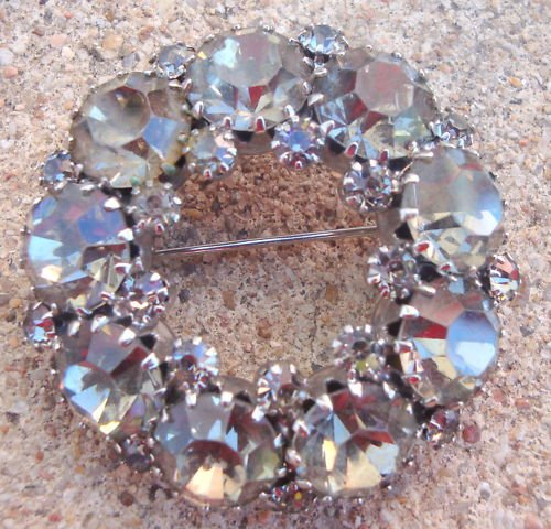Vintage WEISS White Rhinestone Glass Pin / Brooch