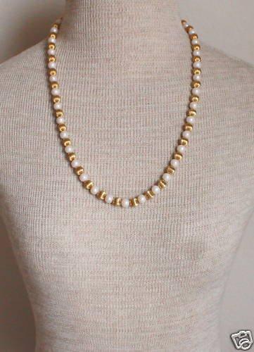 Elegant Vintage Gold White Bead Necklace