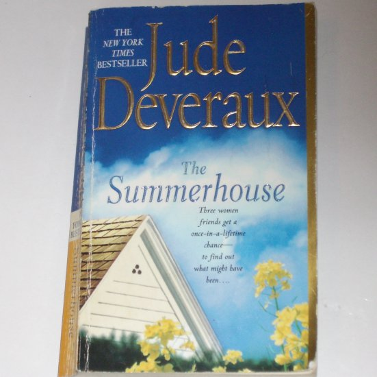 The Summerhouse by JUDE DEVERAUX Paperback 2002