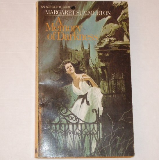 A Memory of Darkness by MARGARET SUMMERTON Vintage Gothic Romance 1973