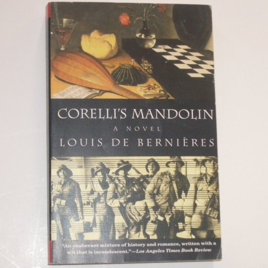 Corelli's Mandolin by LOUIS de BERNIERES World War II Romance Trade Size 1994