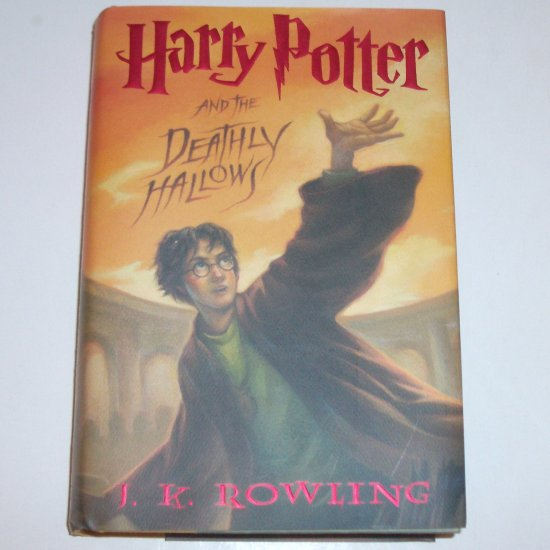 Harry Potter and the Deathly Hallows by J K ROWLING Hardcover Dust Jacket 1st Edition 2007