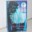 Kiss of Darkness by HEATHER GRAHAM Paranormal Vampire Romantic Suspense 2006