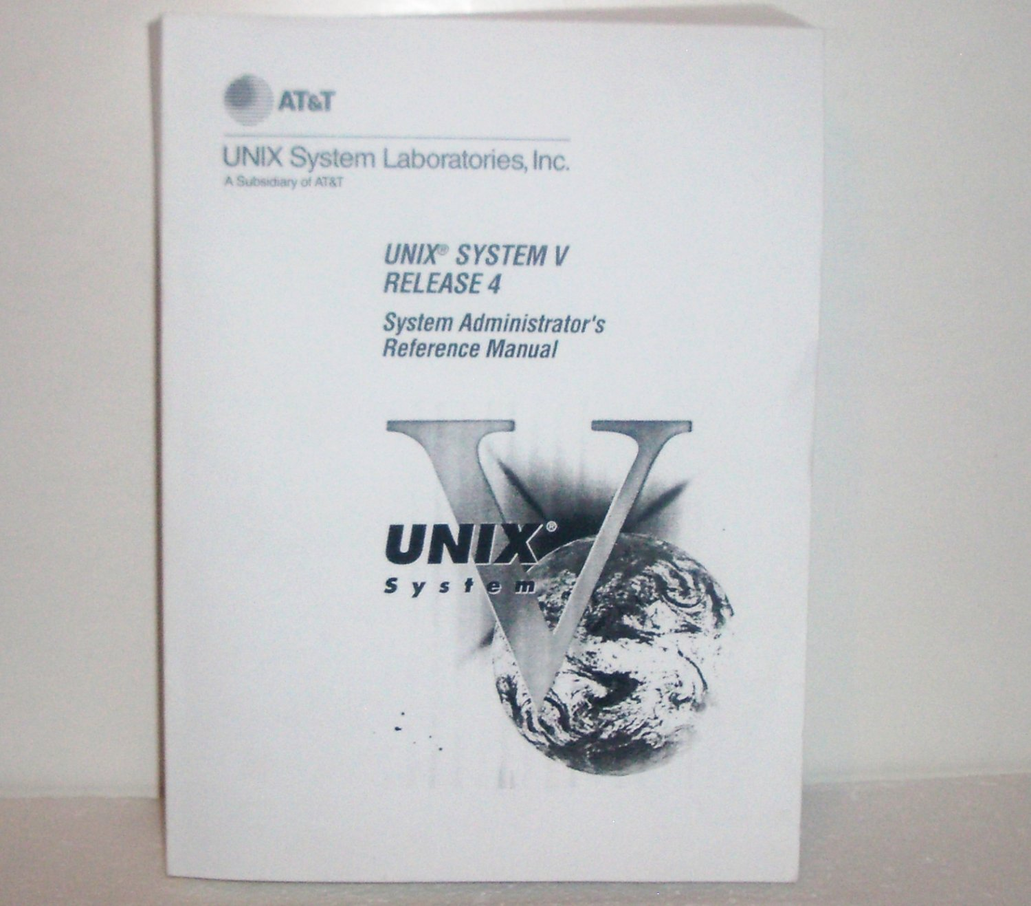 UNIX System V, Release 4 System Administrator's Reference Manual : Professional Technical Reference