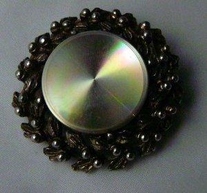 Jewelart Pin Brooch wreath Iridescent center POP