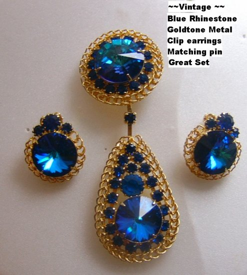 Vintage Demi Parure Blue rivoli rhinestone Pin Earrings