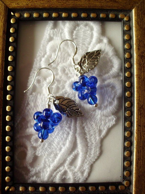 Blue Grape & Leaf Silver Tone Earrings, Free Shipping!