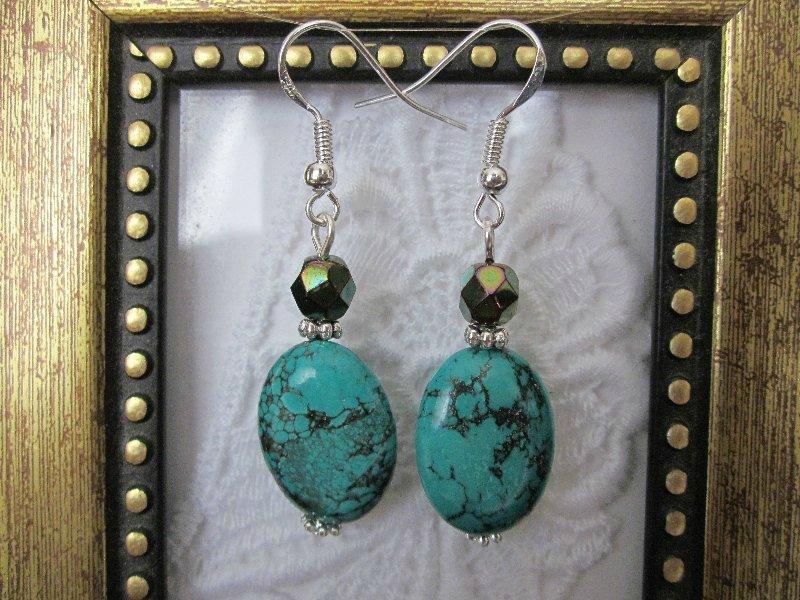 Handmade Oval Green Turquoise Silver Tone Earrings, Free Ship!