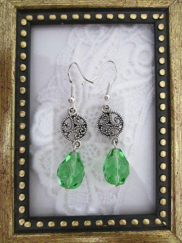 Handmade Light Green Czech Glass Drop Silver Tone Earrings, Free Ship!