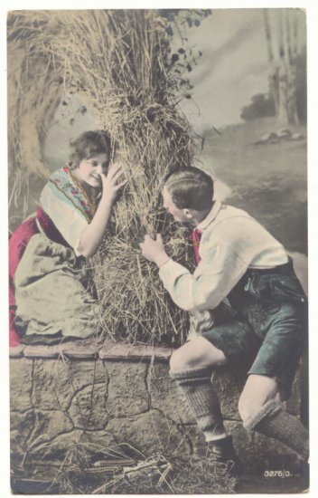ROMANTIC DUTCH COUPLE PLAYING HIDE AND SEEK Vintage POSTCARD   48
