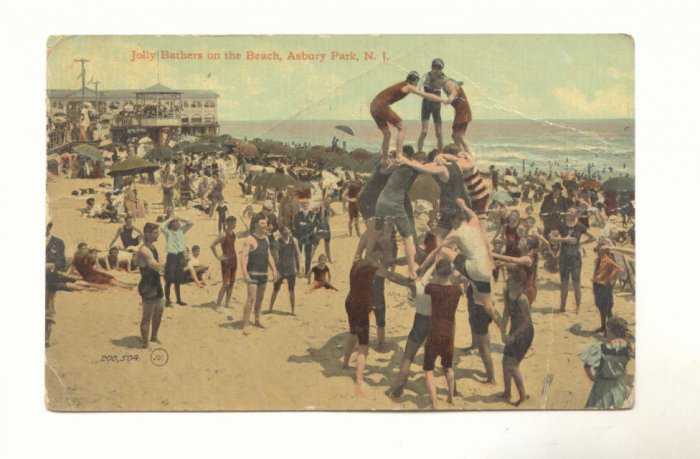 JOLLY BATHERS ON BEACH ASHBURY PARK NEW JERSEY  POSTCARD #390