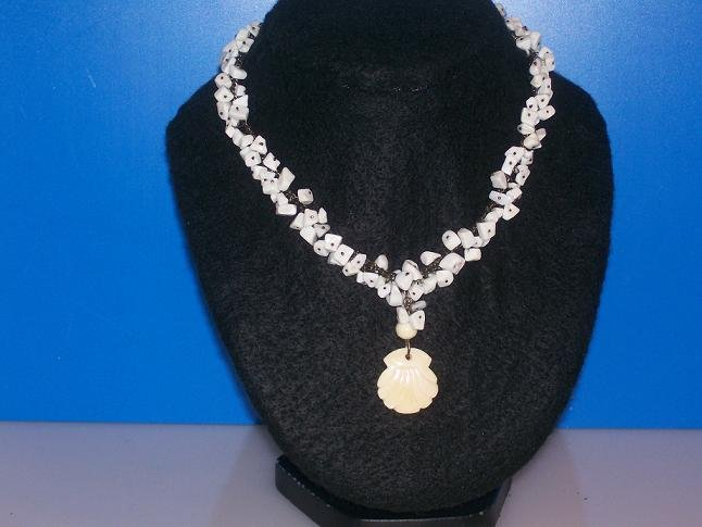 Malaysia White Jade Necklace - TBM-MOPN-006