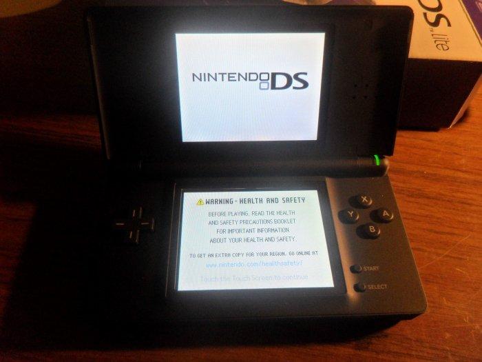 Nintendo DS Lite Cobalt/Black with Pokemon gaming book 20% OFF