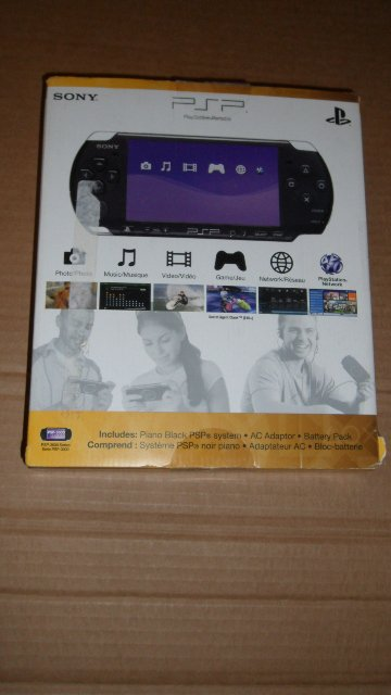 Sony PSP 3000 Series piano Black - AS IS