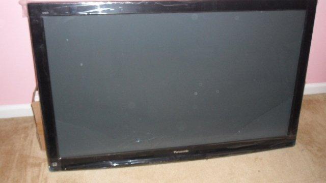 Panasonic TC-P50U2 50-Inch 1080p Plasma HDTV (AS IS) - FREE SHIPPING