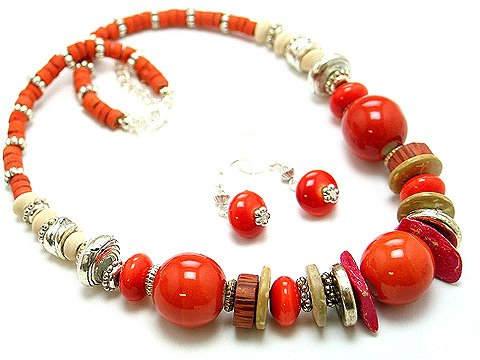 RED CORAL BOHO CERAMIC WOOD BEAD NECKLACE SET