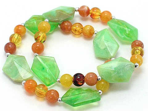 LIGHT OLIVE GREEN TWO PIECE LUCITE BEAD BALL BRACELET