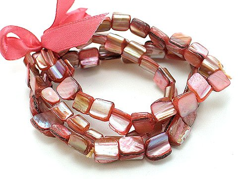 RED MULTI STRAND SHELL BEAD RIBBON BRACELET