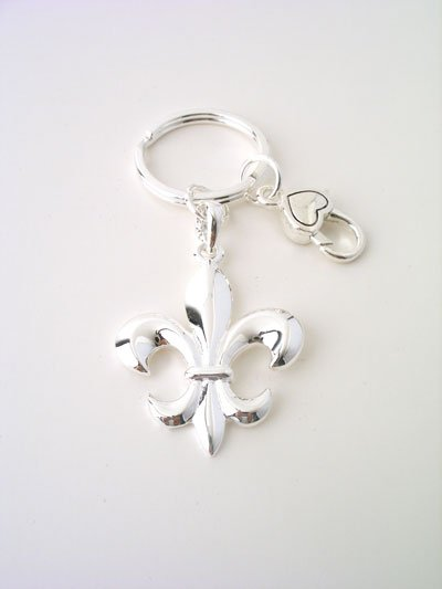 ROYAL FRENCH FLEUR DE LIS NEW ORLEANS PURSE BAG HANDBAG TOTE CHARM KEYCHAIN KEY CHAIN
