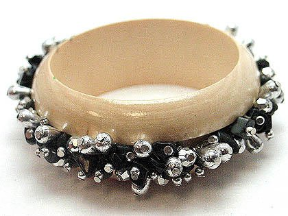 BOHO WOOD BLACK METAL BEAD BANGLE BRACELET