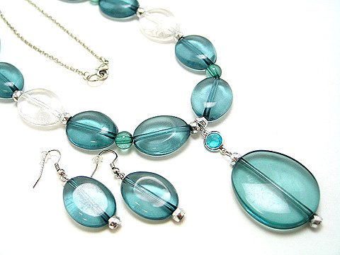 LONG GREEN ICE BEAD NECKLACE SET