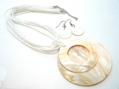CHUNKY CREAM OFF WHITE NATURAL LUCITE PEARL SHELL SEED BEAD NECKLACE SET
