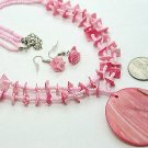 CHUNKY PINK LUCITE PEARL SHELL SEED BEAD NECKLACE SET