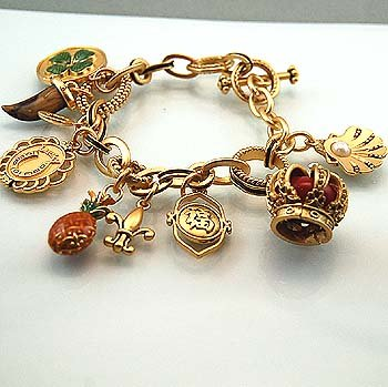 FASHION GOOD LUCK FLEUR DE LIS BRACELET